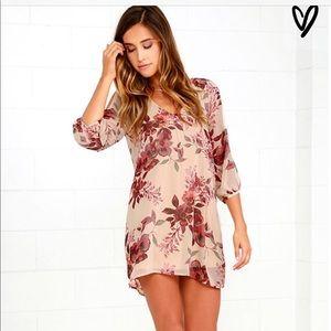 Lulus 3/4 sleeve dress